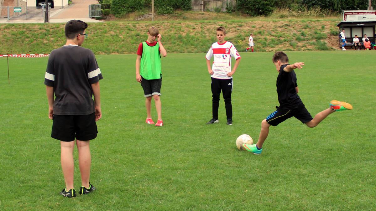 Fußballturnier der Jugendclubs am 11. Juni